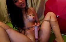 Asian webcam hottie solo masturbating